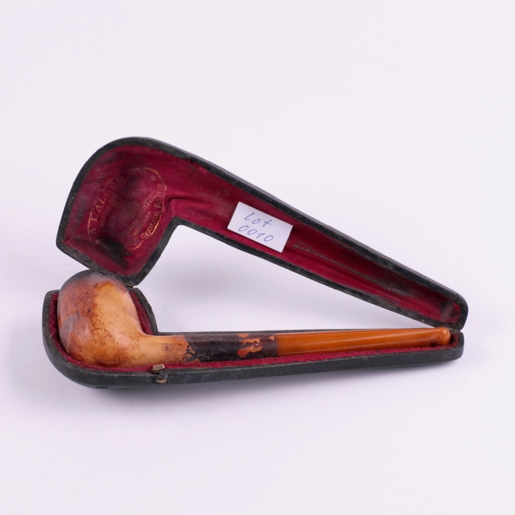 Antique Amber Smoking Pipe