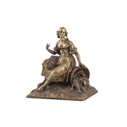 Bronze sculpture of women